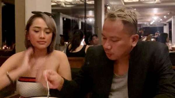 Proses Cerai, Vicky Prasetyo Kepergok Makam Malem Bareng Cewek