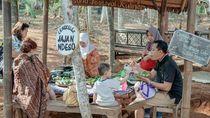 5 Pasar Tradisional Unik di Jawa Tengah, Berlokasi di Kebun Bambu hingga Gunung!