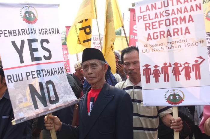 Petani mendesak reforma agraria dilanjutkan (Foto: spi.or.id)