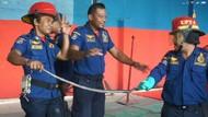 Ular Kobra Menyelinap ke Permukiman Warga di Medan