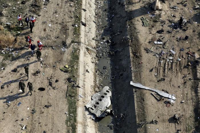 Otoritas Iran akhirnya memberikan pengakuan mengenai jatuhnya pesawat maskapai Ukraina di Iran. Mereka mengaku telah tak sengaja menembak jatuh pesawat tersebut.