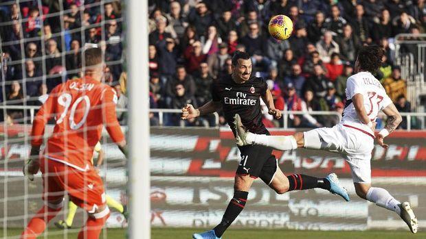 Zlatan Ibrahimovic berhasil mencetak gol perdana usai kembali ke AC Milan di paruh kedua musim ini.