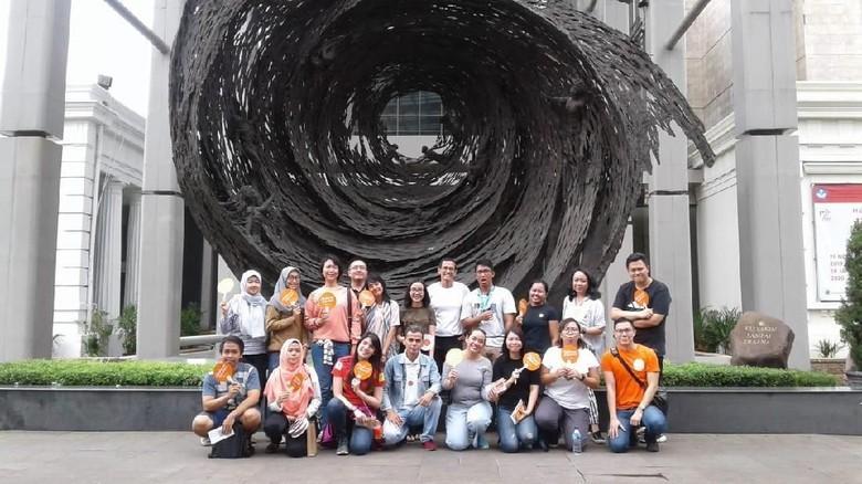 Tur komunitas Spanyol Dime ¿Por Qué? di Jakarta (istimewa)