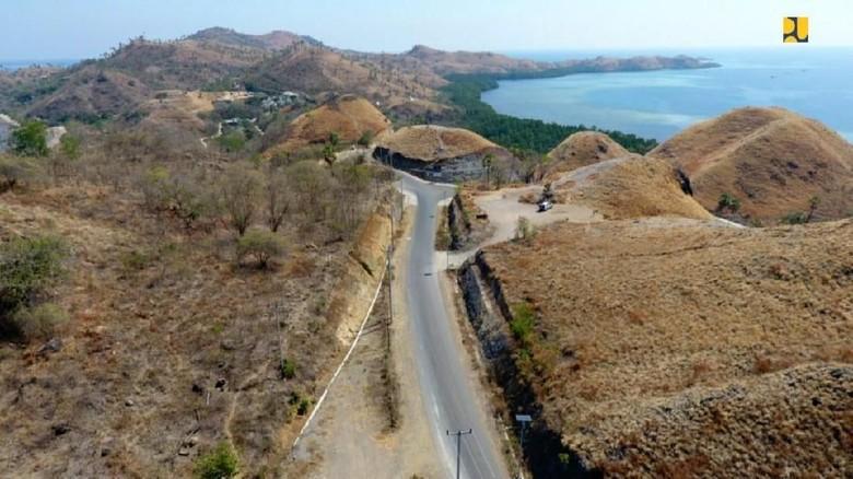 Kementerian PUPR terus lanjutkan pembangunan jaringan jalan untuk mendukung Kawasan Strategis Pariwisata Nasional (KSPN) Labuan Bajo, Flores, NTT.