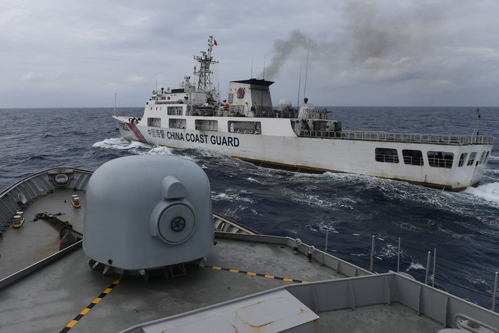 Foto ilustrasi, tak berhubungan dengan isi berita: Kapal Coast Guard China di ZEE Indonesia. (ANTARA FOTO/M Risyal Hidayat)
