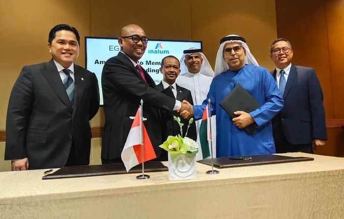 Kepala Badan Koordinasi Penanaman Modal (BKPM) Bahlil Lahadalia, mewakili Presiden Jokowi, menerima sejumlah CEO dan investor dari Masdar, EGA, MD.Lulu Group, BRS Ventures di Emirates Palace Hotel, Abu Dhabi, Uni Emirates Arab, Minggu (12/01/2020).