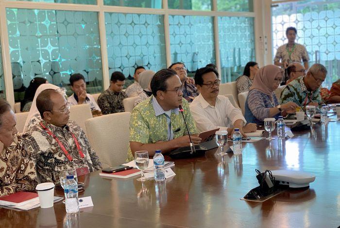 Bunjamin Noor selaku Direktur Produksi PT Inuki tampil sebagai nara sumber dan memaparkan sejumlah keunggulan Inuki di depan para duta besar dan perwakilan RI Kawasan Amerika Latin dan Karibia.