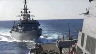 Tegang! Kapal Perang Rusia Usir Kapal AS yang Dekati Perairannya