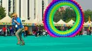 Foto: Kemeriahan Festival Layang-layang Raksasa Negeri Gangga