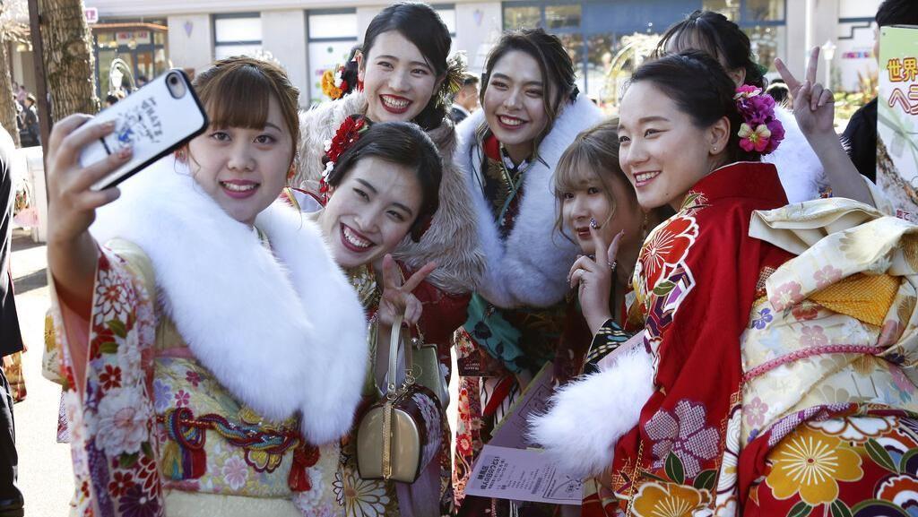 Keceriaan Gadis-gadis Jepang Menyambut Hari Kedewasaan