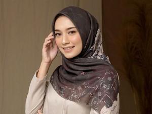 12 Rekomendasi Online Shop Belanja Hijab Voal yang Hits
