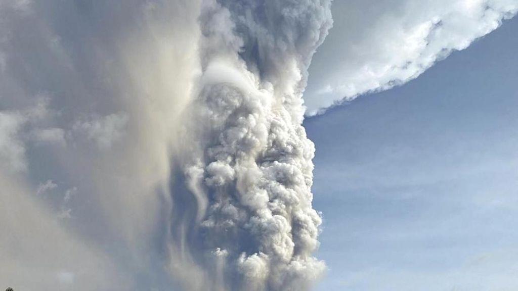 Erupsi Gunung Api di Filipina, Puluhan Ribu Orang Dievakuasi