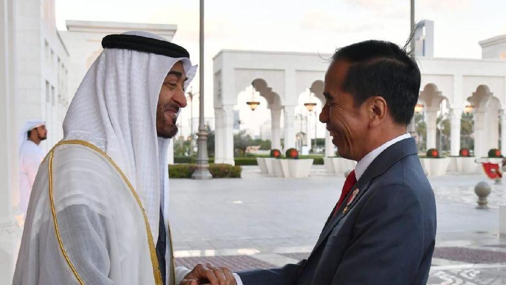 Bukti Kemesraan RI-UEA yang Bikin Malaysia Iri