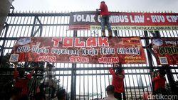 Omnibus Law RUU Cipta Lapangan Kerja, Gubernur Bisa Dipecat Mendagri