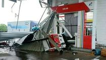 Video: Badai Terjang Rest Area di Cipali, Orang Sampai Terlempar!
