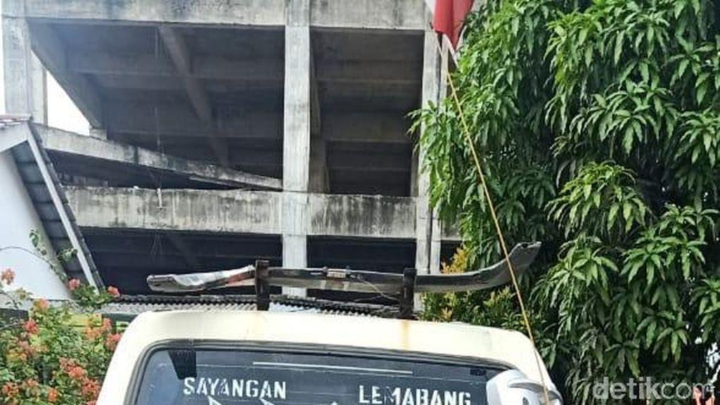 Pembuang Kulit Durian Berkarung-karung ke Sungai Musi Diupah Rp 30 Ribu