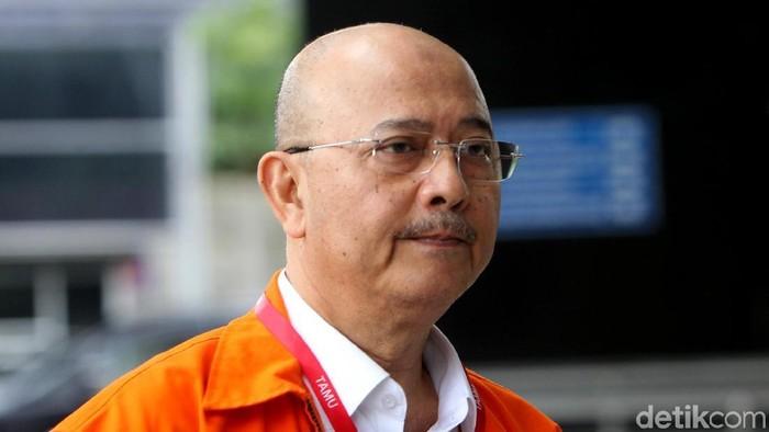 Wali Kota nonaktif Medan Dzulmi Eldin kembali diperiksa KPK. Eldin diperiksa dalam kasus penerimaan suap dari Kepala Dinas PUPR Kota Medan Isya Ansyari.