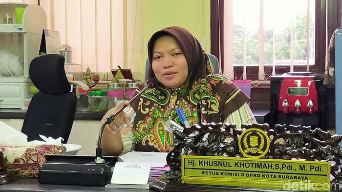 DPRD Kota Surabaya telah membentuk Pansus terkait perubahan sejumlah nama jalan. Ada delapan jalan yang diusulkan Pemkot Surabaya ke DPRD.