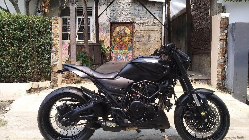 Ganteng Maksimal, Scorpio Ini Disulap Bergaya Ducati Monster