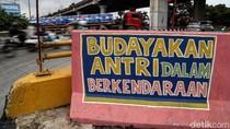Warna-warni Mural Kritik Sosial Hiasi Dinding Jalan di Ancol