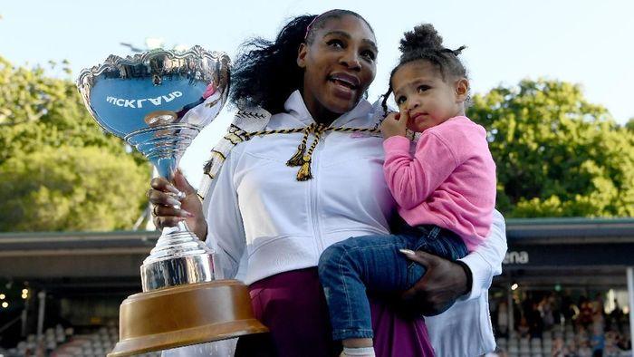 Serena Williams memenangi gelar Auckland Terbuka 2020 (Foto: Photo by Hannah Peters/Getty Images)