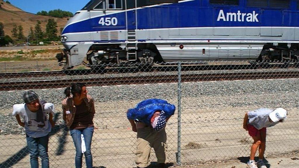 Perusahaan Kereta AS Rugi Rp 11 Triliun