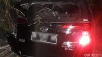 Satu Keluarga di Pasuruan Selamat Meski Mobilnya Ditabrak Kereta