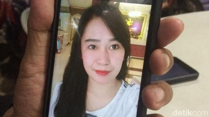 Nur Aini (24) ditemukan tewas di rumahnya di Gowa, Sulsel. (Muhammad Nur Abdurrahman/detikcom)
