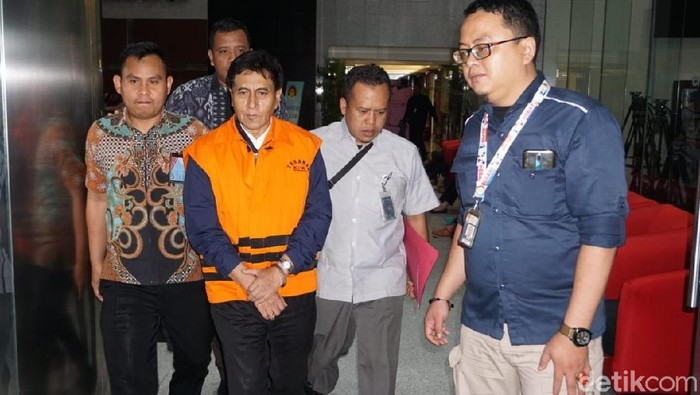 Direktur Utama PT CMI Teknologi (CMIT) Rahardjo Pratjihno ditahan KPK terkait kasus dugaan korupsi proyek Bakamla. (Ibnu/detikcom)