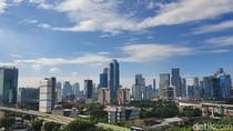 Langit Jakarta Cerah, Tingkat Polusi Udara Menurun?