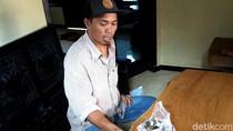 Tunai! Pria di Banyuwangi ini Beli Motor Pakai Uang Koin