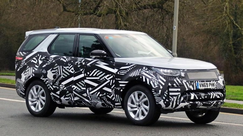 Land Rover Discovery Hybrid Foto: Pool (Autocar)