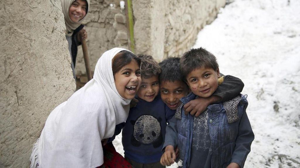 Potret Keceriaan Anak-anak Dunia Bermain di Waktu Luang