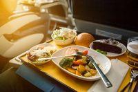 Pilot dan Co-Pilot Ternyata Tidak Boleh Makan Hidangan yang Sama, Kenapa?