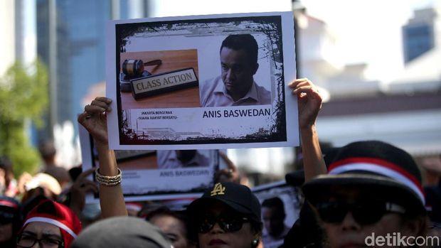 Demo di Balai Kota Jakarta: Tarung Wacana, 'Kompak' Salah Eja Nama