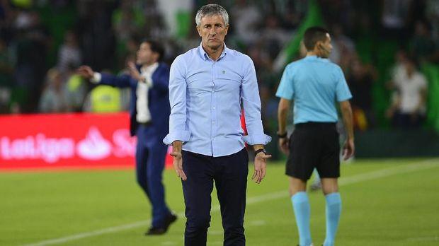 Quique Setien dipilih menjadi pelatih baru Barcelona menggantikan Ernesto Valverde.