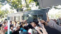Sejumlah Orang Sempat Diamankan Polisi Usai Demo Depan Balai Kota