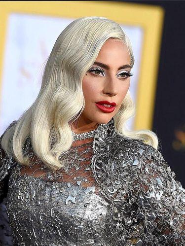 Tips Makeup Pakai Eyeliner Putih, Bikin Mata Segar hingga Romantis