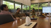 Bertemu Nadiem, Stafsus Muda Jokowi Sampaikan Program Baper
