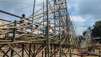 Warga Lebak Gotong Royong Bangun Jembatan Darurat Pascabanjir