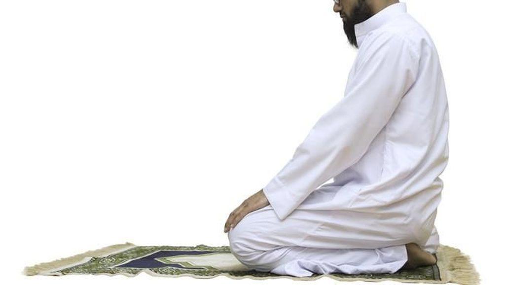 Doa Setelah Sholat Istikharah, Lengkap Arab, Latin, dan Artinya