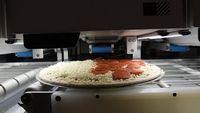 Canggih! Robot Ini Didesain Mampu Bikin 300 Pizza Per Jam