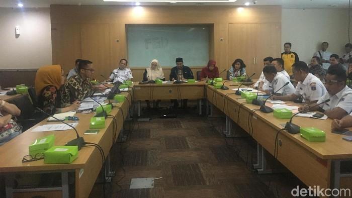 Pemilik Toko Jalan Sabang Datangi DPRD DKI, Protes Revitalisasi Trotoar untuk PKL (Arief/detikcom)