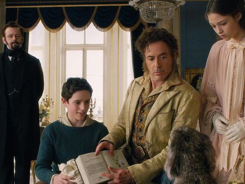 Petualangan Robert Downey Jr ke Pulau Mistis Bersama Para Hewan di 'Dolittle'