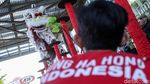 Aksi Barongsai Jelang Imlek di Pusat Perbelanjaan
