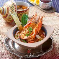 Tom Yam Pedas Hangat Cocok Untuk Makan Siang di 5 Tempat Ini