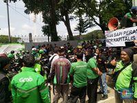 Ribuan Driver Ojol Demo di Monas Hari Ini, Ini Tuntutannya