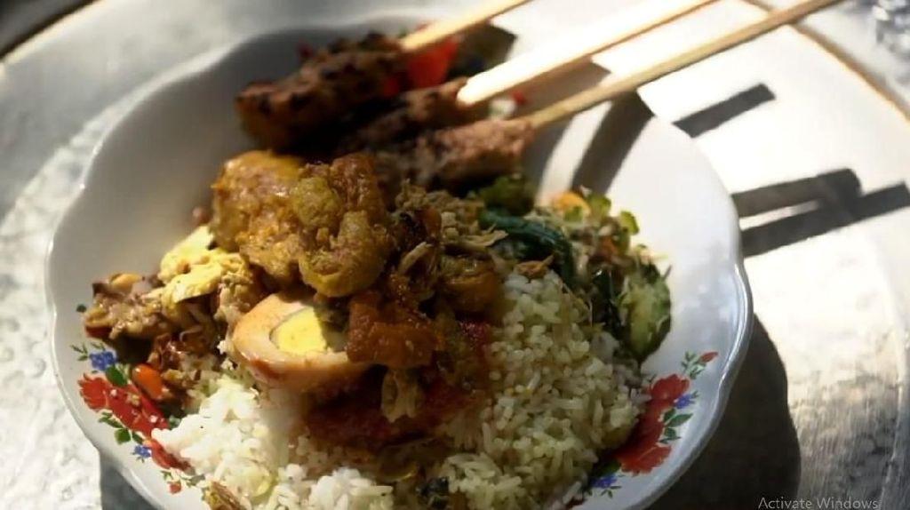 Ini Rahasia Nasi Campur Khas Bali nan Lezat