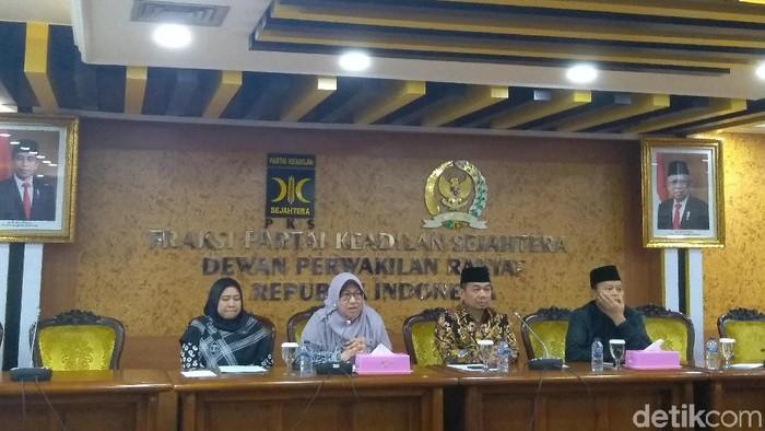 Foto: PKS gulirkan usul Pansus Jiwasraya (Azizah/detikcom)