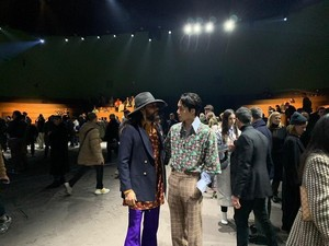 Adu Gaya Stylish Kai EXO yang Eksis Bareng Jared Leto di Milan Fashion Week
